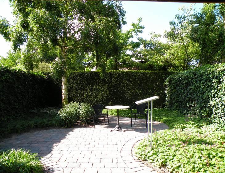 Garten mit Raumgestaltung.JPG